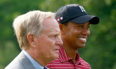 """Tiger Woods spöar Jack Nicklaus"""