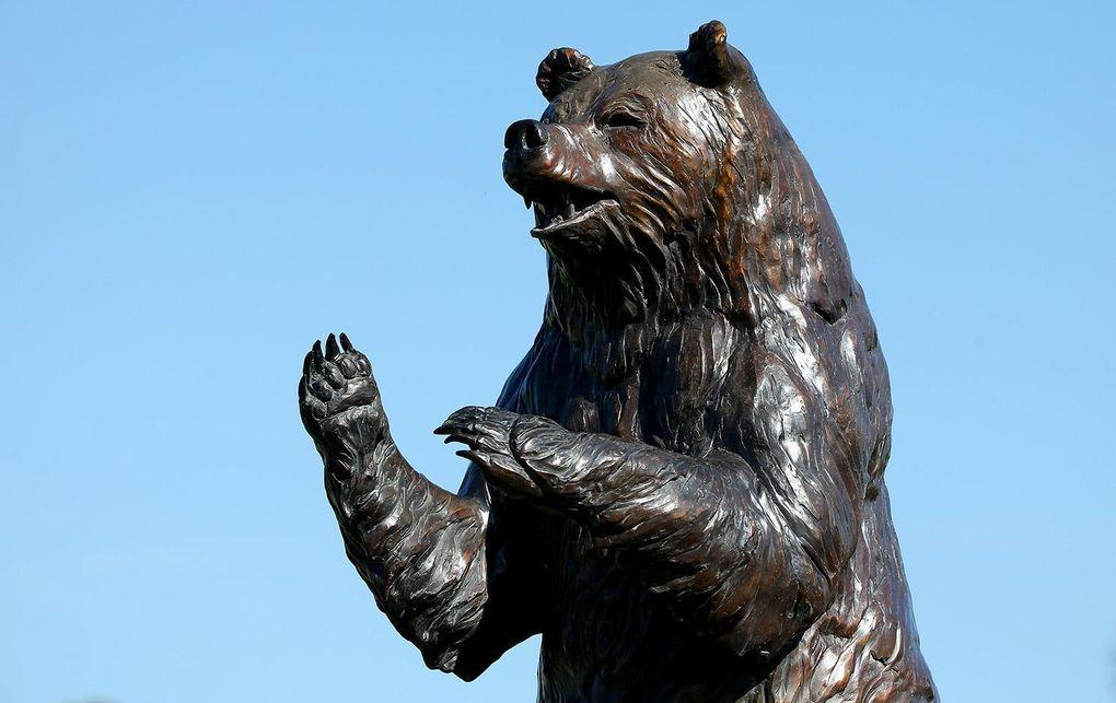 Fastnar svenskarna i björnfällan?