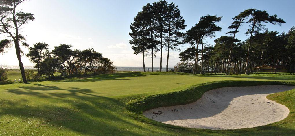 Här kan du spela golf i påsk