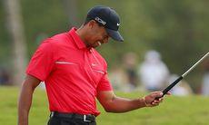 Tiger Woods använder puttern han vunnit 13 majors med